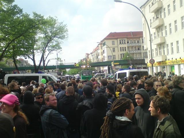 Blackade in der Wisbyer Str. / Schönhauser Allee